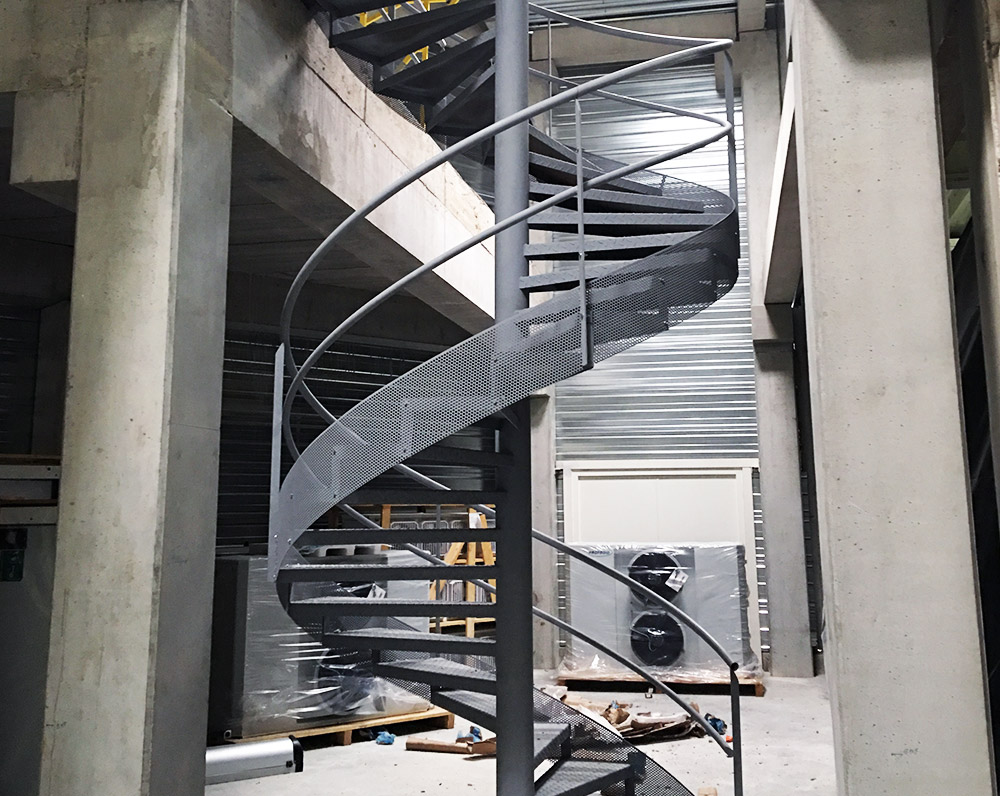 escalier helicoidal metallier nice