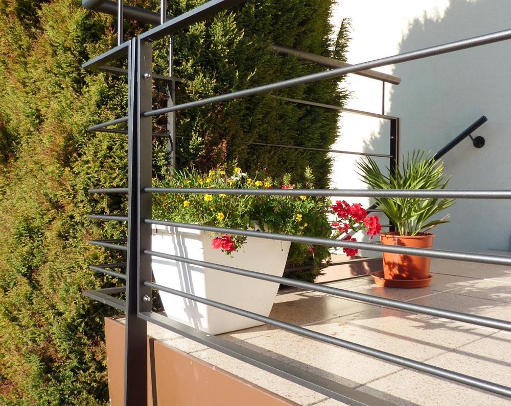 ferronier nice garde-corps terrasse design Levens