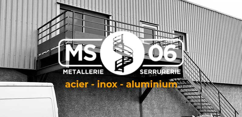 escalier metallique sur mesure ferronier nice