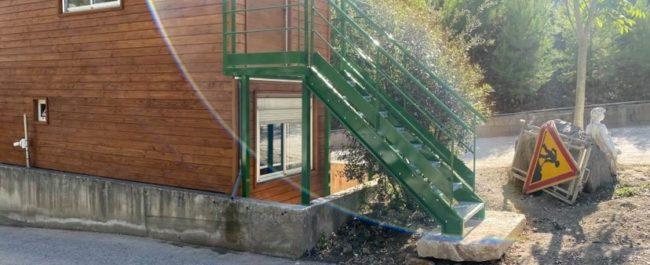 plateforme-escalier-droit-metallerie-pro