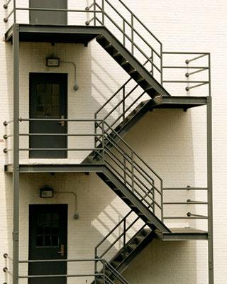 Cage d'escalier industriel